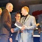Кабрера вручает Добротворскому награду WKN